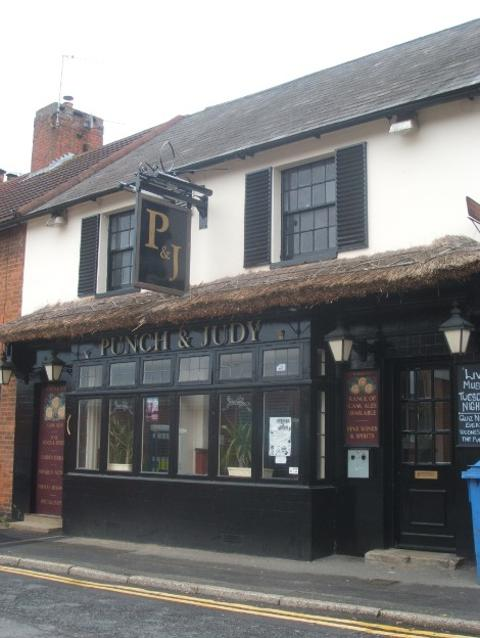 Punch and Judy Pub in Tonbridge